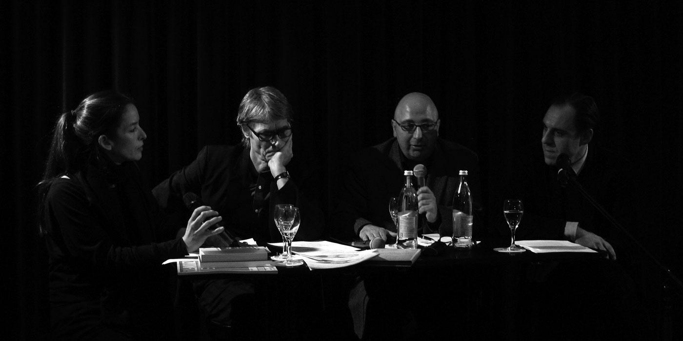 Salon Luitpold, 26. November 2013: Über Karl Marx, die Bourgeoisie und die 99% sprach Nan Mellinger mit Wolf Dieter Enkelmann, Armin Nassehi und Tobias Loibl (v.r.n.l.)